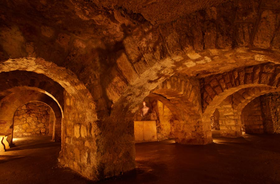 Labyrinth Of Secret Tunnels Underneath Alhambra Palace Featured In The Luna Legacy